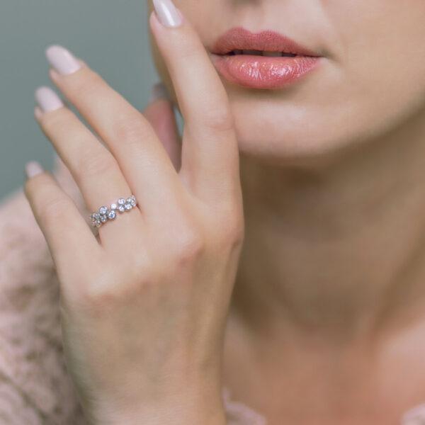 Alan Dalton goldsmith bubble diamond ring