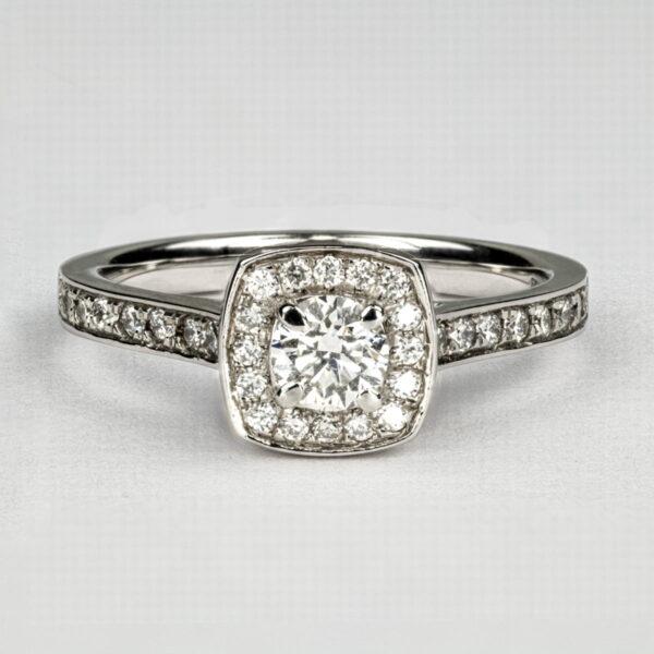 Alan Dalton goldsmith diamond set jewellery