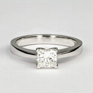 Alan Dalton goldsmith one carat diamond