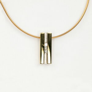 Alan Dalton goldsmith diamond pendant
