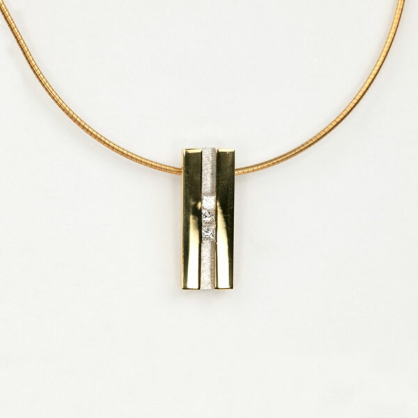 Alan Dalton goldsmith diamond pendant